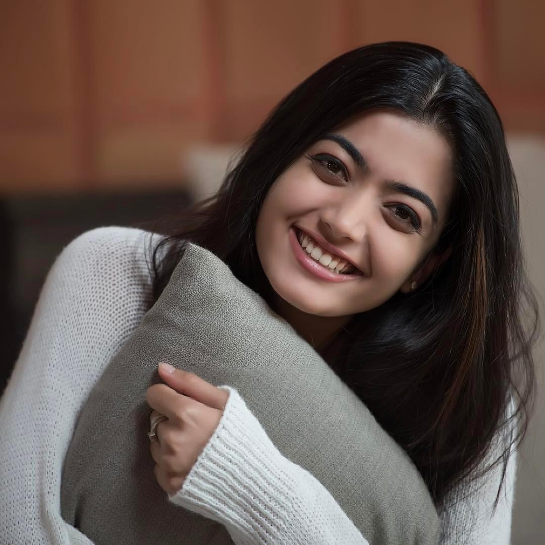 Rashmika Mandanna Actress Wiki Height Weight Age